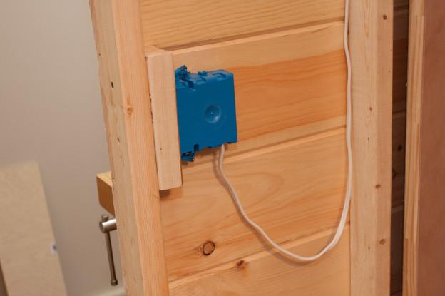 Build day 8: Top braces begun. Plus a light switch!